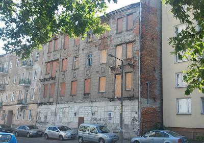 front budynku (fasada główna)-stan zastany
