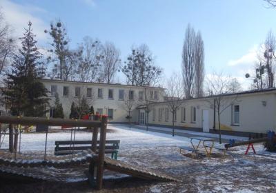 strefa frontowa widziana od ulicy zimą- stan zrealizowany